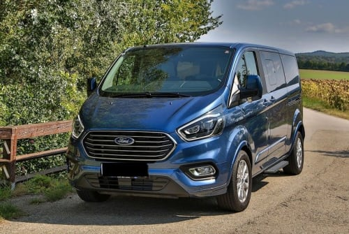 Hire a motorhome in Fellbach from private owners| Ford Bobby