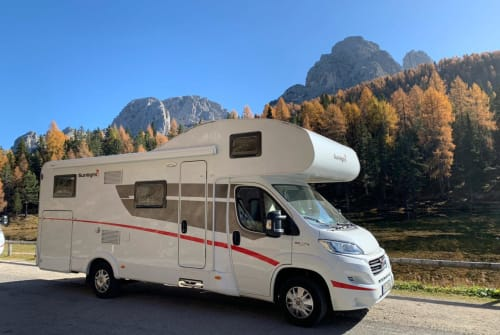 Hire a motorhome in Inning am Ammersee from private owners| Sunlight  Dicke Berta
