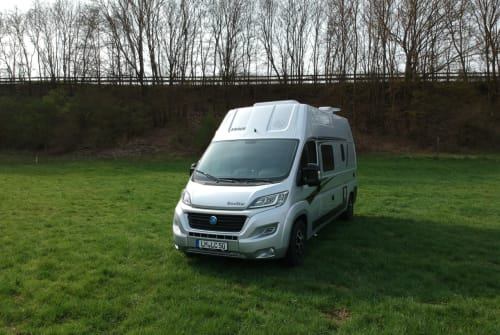 Hire a motorhome in Limburg an der Lahn from private owners| Knaus Sophia
