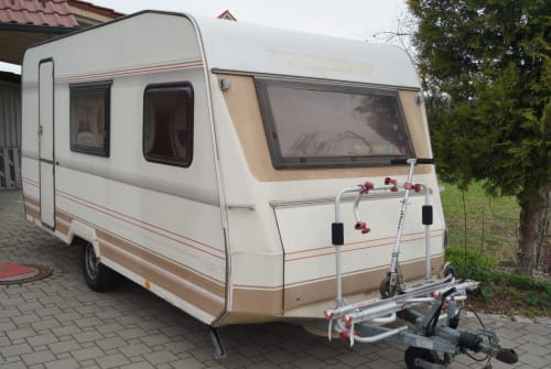 Hire a motorhome in Woringen from private owners| Dethleffs Nomad
