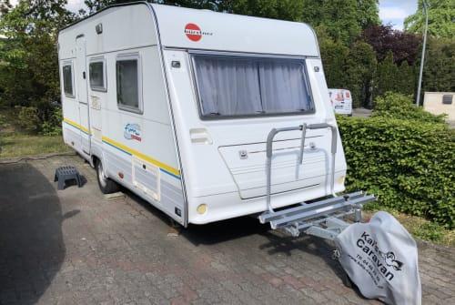Hire a motorhome in Borstel-Hohenraden from private owners| Bürstner Kuddel