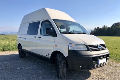 Hire a motorhome in Starnberg from private owners  VW AdvantureCamper