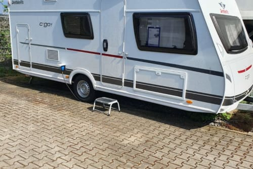 Hire a motorhome in Frankfurt am Main from private owners| Dethleffs Bruno
