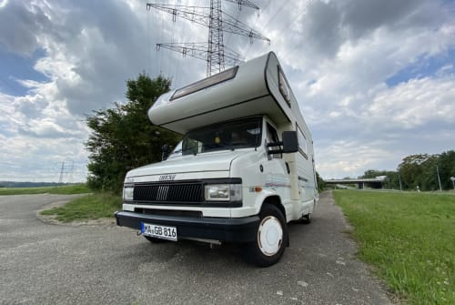 Hire a motorhome in Mannheim from private owners  Fiat Campi