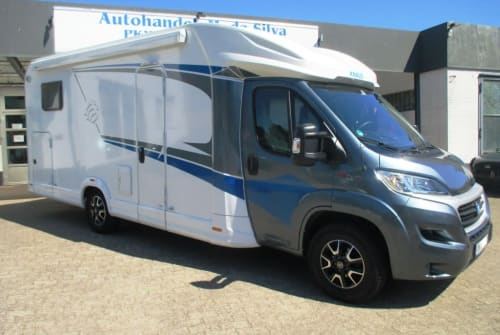 Hire a motorhome in Ratekau from private owners| Knaus Knaus L!ve Wave