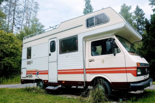 Hire a motorhome in Brilon from private owners| VW  Karmann mobil
