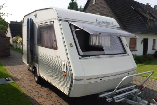 Hire a motorhome in Dortmund from private owners| Beyerland Beyerland 2038