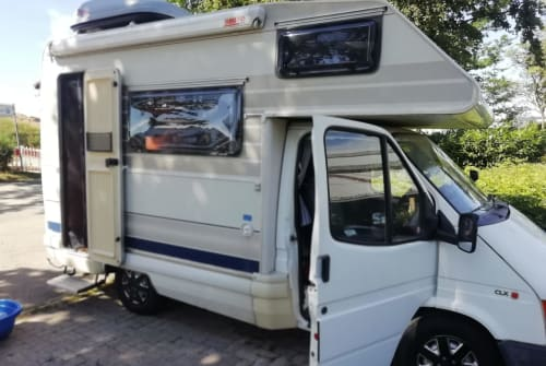 Hire a motorhome in Waldbronn from private owners| Ford Transit Camper Ford