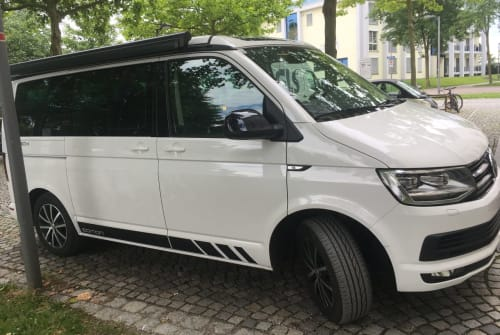 Hire a motorhome in Kennelbach from private owners| VW T6 Borletto