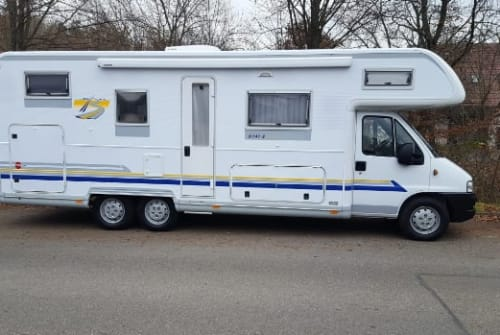 Hire a motorhome in Gomaringen from private owners| Fiat Fiat (I)