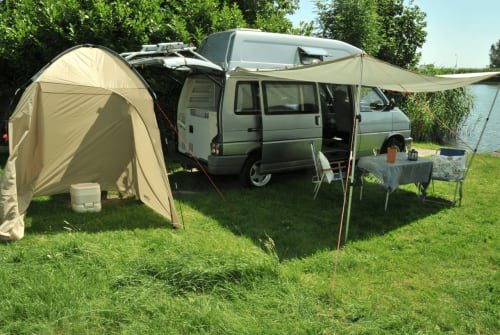 Hire a motorhome in Weesp from private owners  Volkswagen  Joey Westfalia