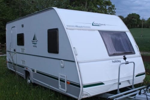Hire a motorhome in Schlüßlberg from private owners  Eifelland Katharina Loraine