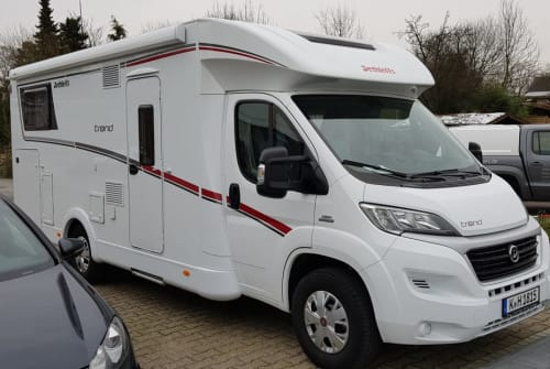 Hire a motorhome in Köln from private owners  Dethleff Trend Wohlfühloasa
