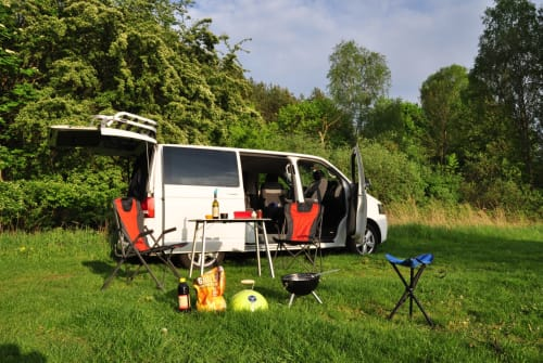 Hire a motorhome in Dresden from private owners  VW Lolek