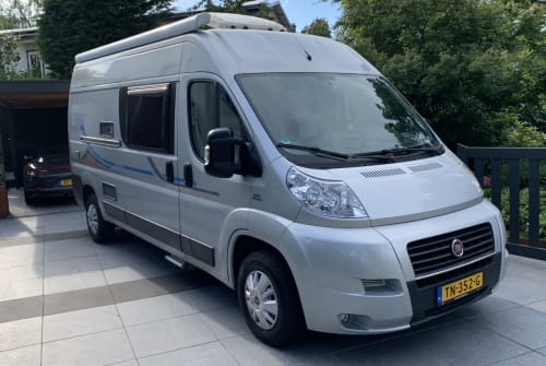 Hire a motorhome in Voorburg from private owners| Adria  Adria Twin 600
