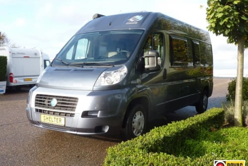 Hire a motorhome in Boxtel from private owners| Knaus Buscamper