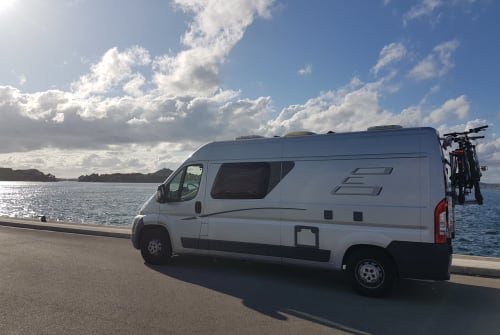 Hire a motorhome in Berlin from private owners| Fiat Sir Henry