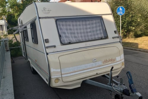 Hire a motorhome in Lichtenfels from private owners| Bürstner Kali
