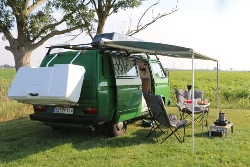 Hire a motorhome in Barlt from private owners| VW T3 VW T3 Anton