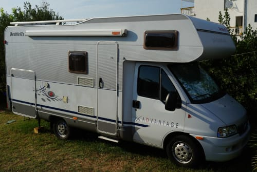 Hire a motorhome in Fulda from private owners  Dethleffs Eduanna