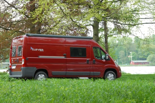 Hire a motorhome in Essen from private owners| Clever Kumpel Anton