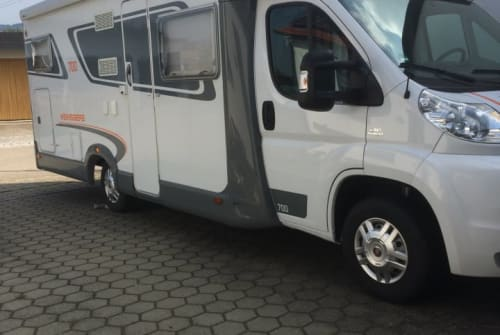 Hire a motorhome in Rettenbach from private owners| Weinsberg Willy
