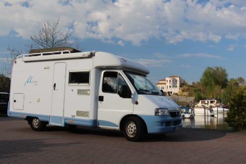 Hire a motorhome in Braunschweig from private owners| Fiat  MARLEY
