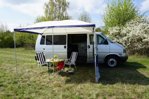 Hire a motorhome in Ludwigsfelde from private owners| VW Watson