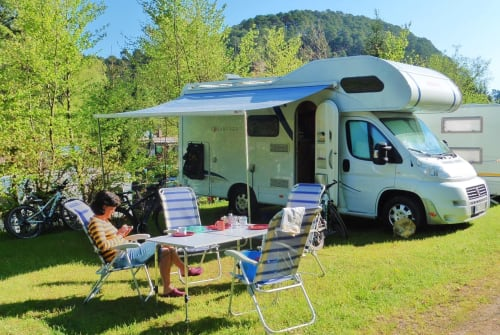 Hire a motorhome in Weingarten from private owners| Detleffs Advantage