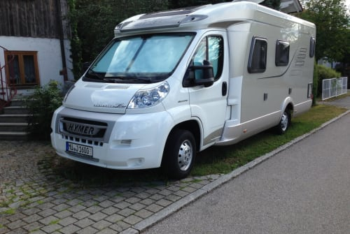 Hire a motorhome in Schwindegg from private owners| Hymer Tramp Lupo  1