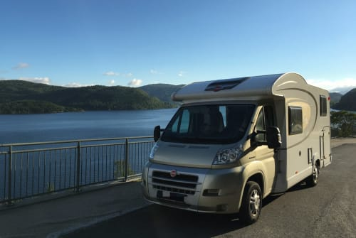 Hire a motorhome in Erfurt from private owners  Fiat Bürstner Weltenbummler
