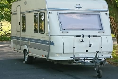 Hire a motorhome in Teltow from private owners| Hobby  Lotte