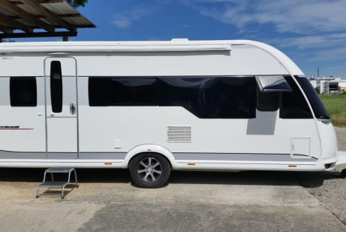 Hire a motorhome in Günzburg from private owners| Hobby 540 KMFE  Hobby Premium