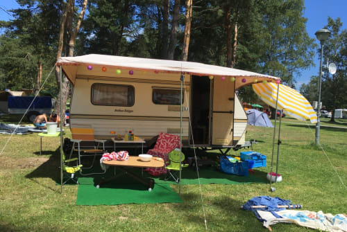 Hire a motorhome in Unterer Wienerweg from private owners  Eriba - Taiga Eriba Taiga 3x Schlafplätze