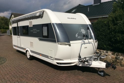 Hire a motorhome in Nienborstel from private owners  Hobby 540 kmfe Wohni