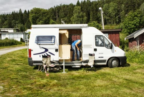 Hire a motorhome in Vorchten from private owners| Sea Sloop2