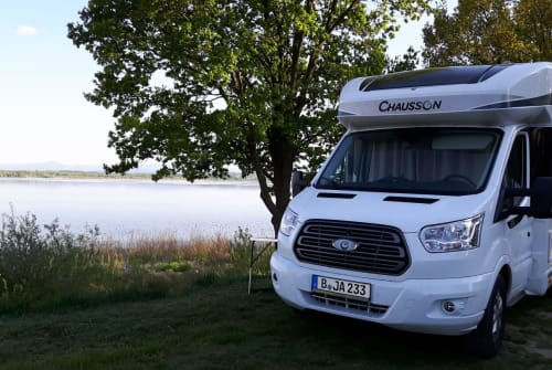 Hire a motorhome in Berlin from private owners| Chausson  Emma