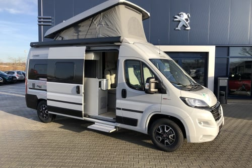 Hire a motorhome in Schkeuditz from private owners  Hymercar Timon