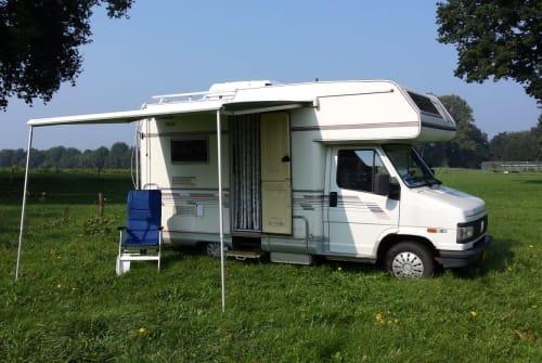 Hire a motorhome in Marienvelde from private owners| Fiat De Camper