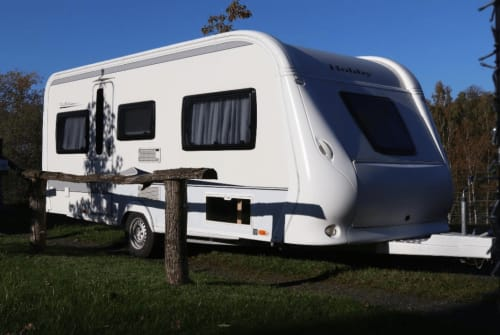 Hire a motorhome in Ehringshausen from private owners| Hobby  Stilvoller Hobby für vier