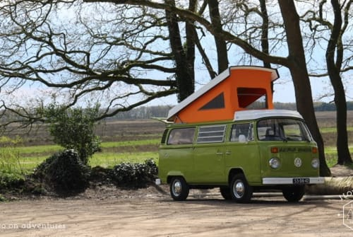 Hire a motorhome in Bussum from private owners| Volkswagen VW T2 Westfalia