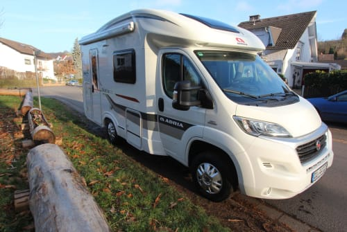 Hire a motorhome in Groß-Umstadt from private owners| Adria auszeit Tourer