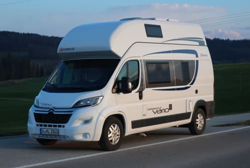 Hire a motorhome in Diedorf from private owners| Globecar Globy