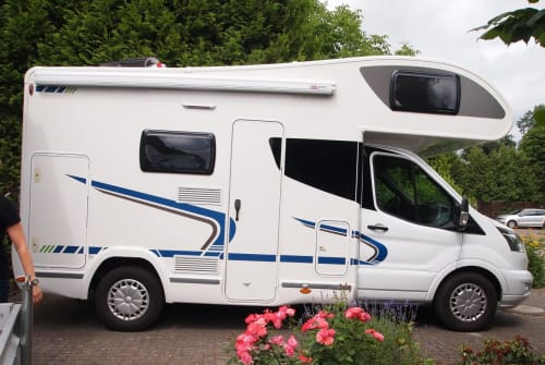 Hire a motorhome in Gifhorn from private owners| Chausson Fritz