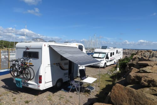 Hire a motorhome in Bochum from private owners| Fiat Cachomobil