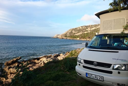 Hire a motorhome in Tzaramonte from private owners| Volkswagen Pecora Bianca