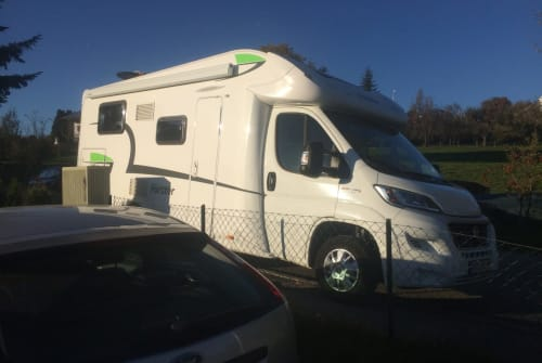 Hire a motorhome in Uffing am Staffelsee from private owners| Forster Womi