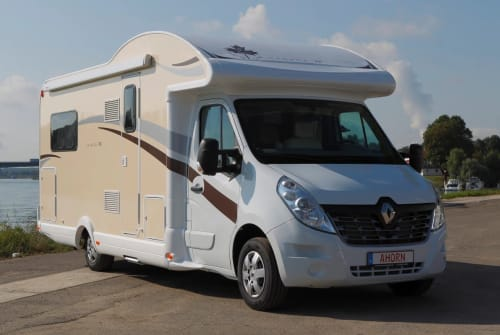 Hire a motorhome in Bottrop from private owners| Ahorn Kentucky LC Kentucky
