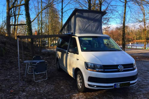 Hire a motorhome in Berlin from private owners| Volkswagen Calimero