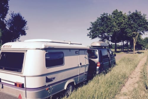 Hire a motorhome in Kiel from private owners| Hymer Lila